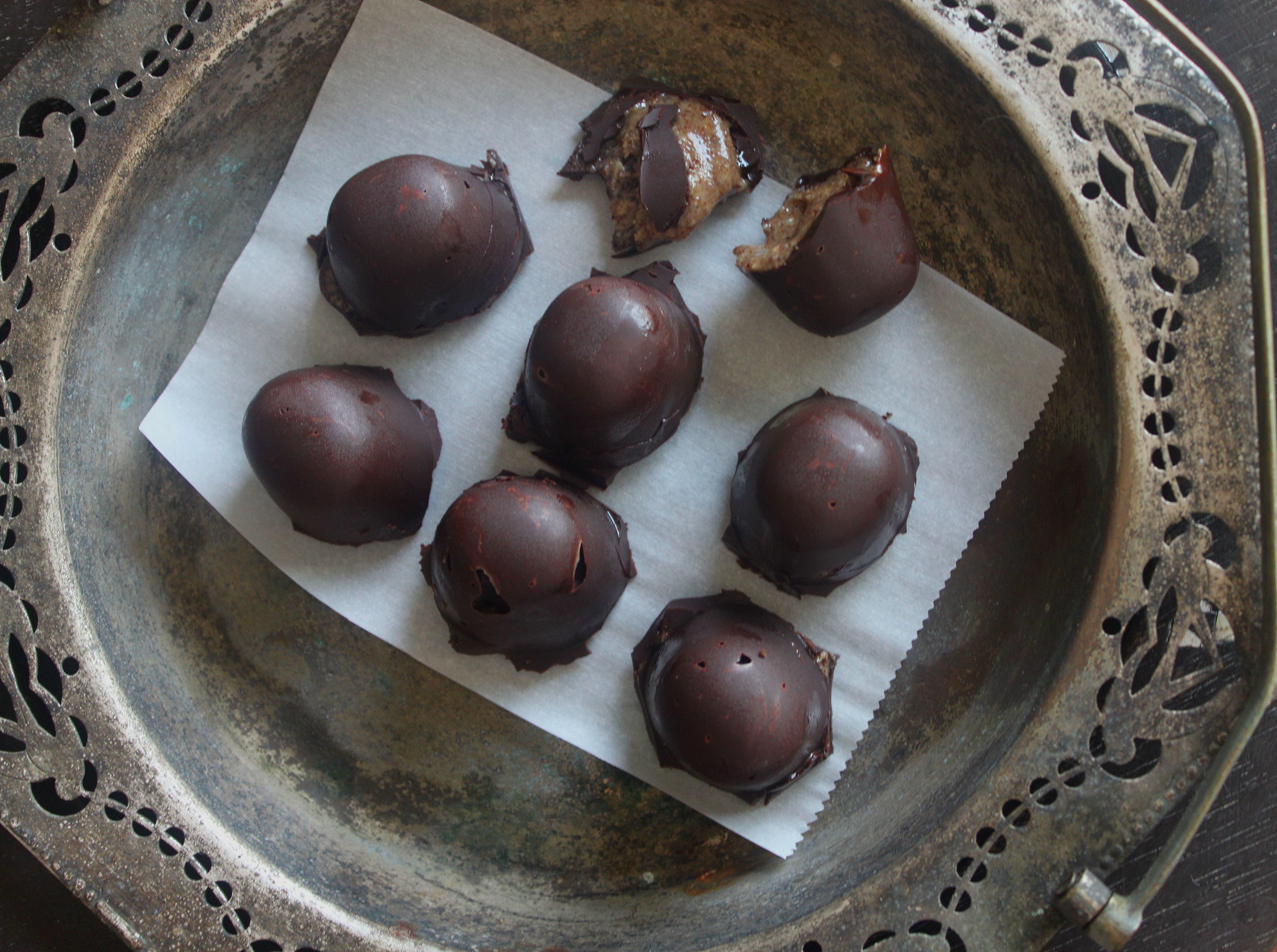 שוקולד ממולא בחמאת פקאן3