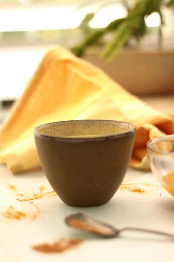 חלב זהב מכורכום טבעוני